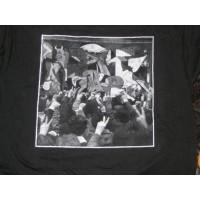 GUERNICA Y LUNO  T-shirt